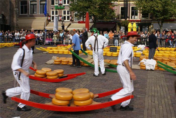 Typical Dutch   Traveltroll